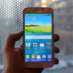 New Samsung Galaxy S5 Photos Surface
