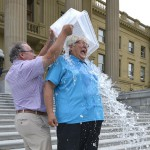 The Samsung Galaxy S5 Takes The Ice Bucket Challenge