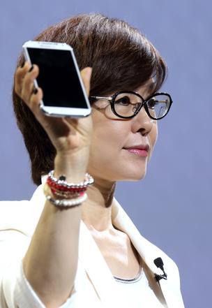 lee-young-hee-01